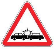 Повреждения автомобиля после ДТП в СПб